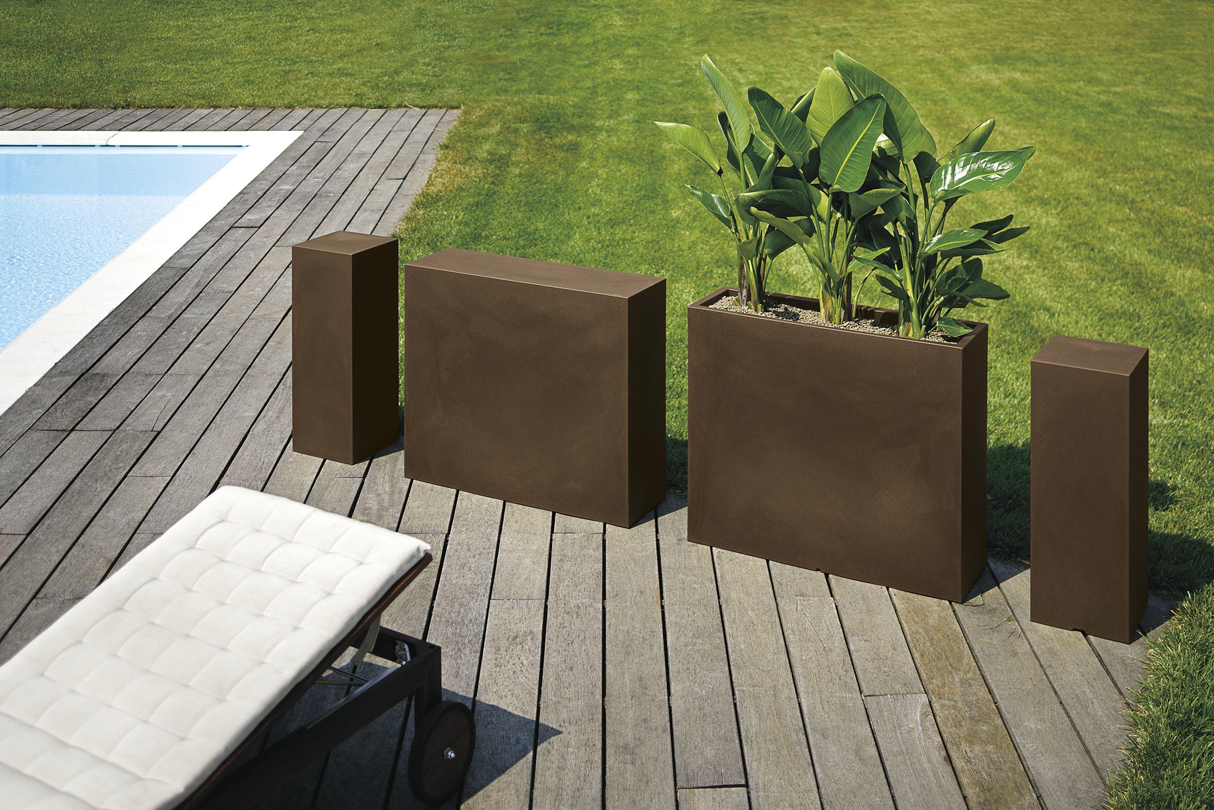 jardini re haute kube. Black Bedroom Furniture Sets. Home Design Ideas